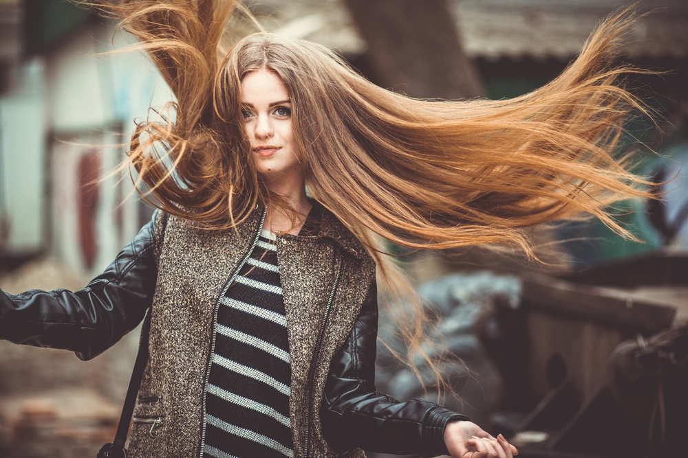 Cómo lucir un pelo perfecto en tus salidas de verano