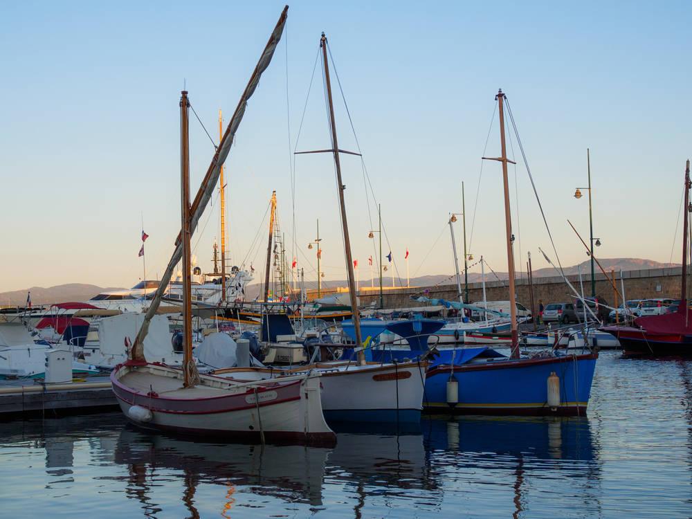 La Idiosincrasia e Historia del Puerto Pesquero de Santa Pola