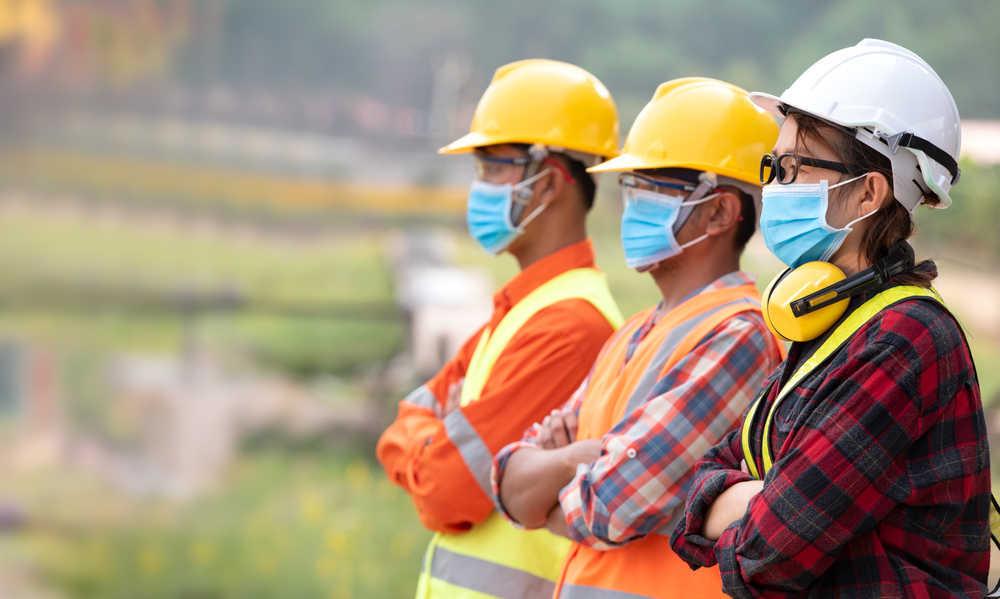 Las empresas alicantinas doblan su apuesta por la prevención de riesgos laborales